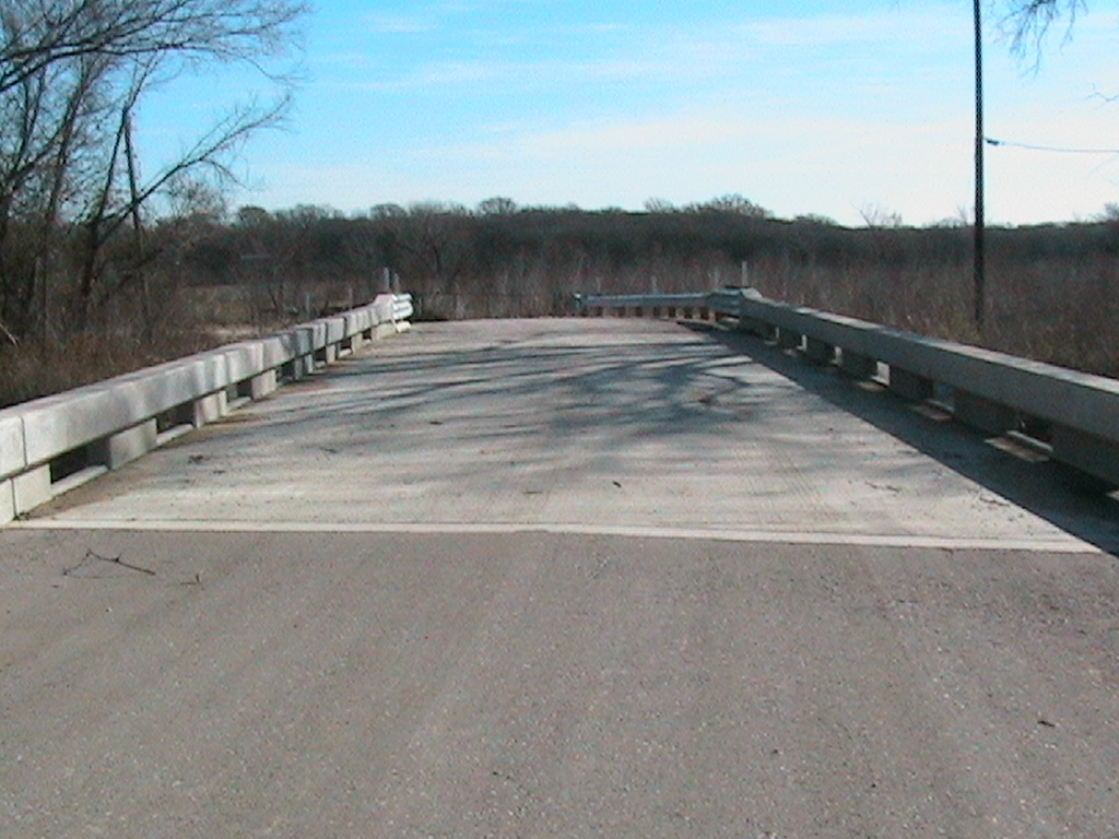 View of the top of Old Mexia (Tehuacana Creek) Bridge